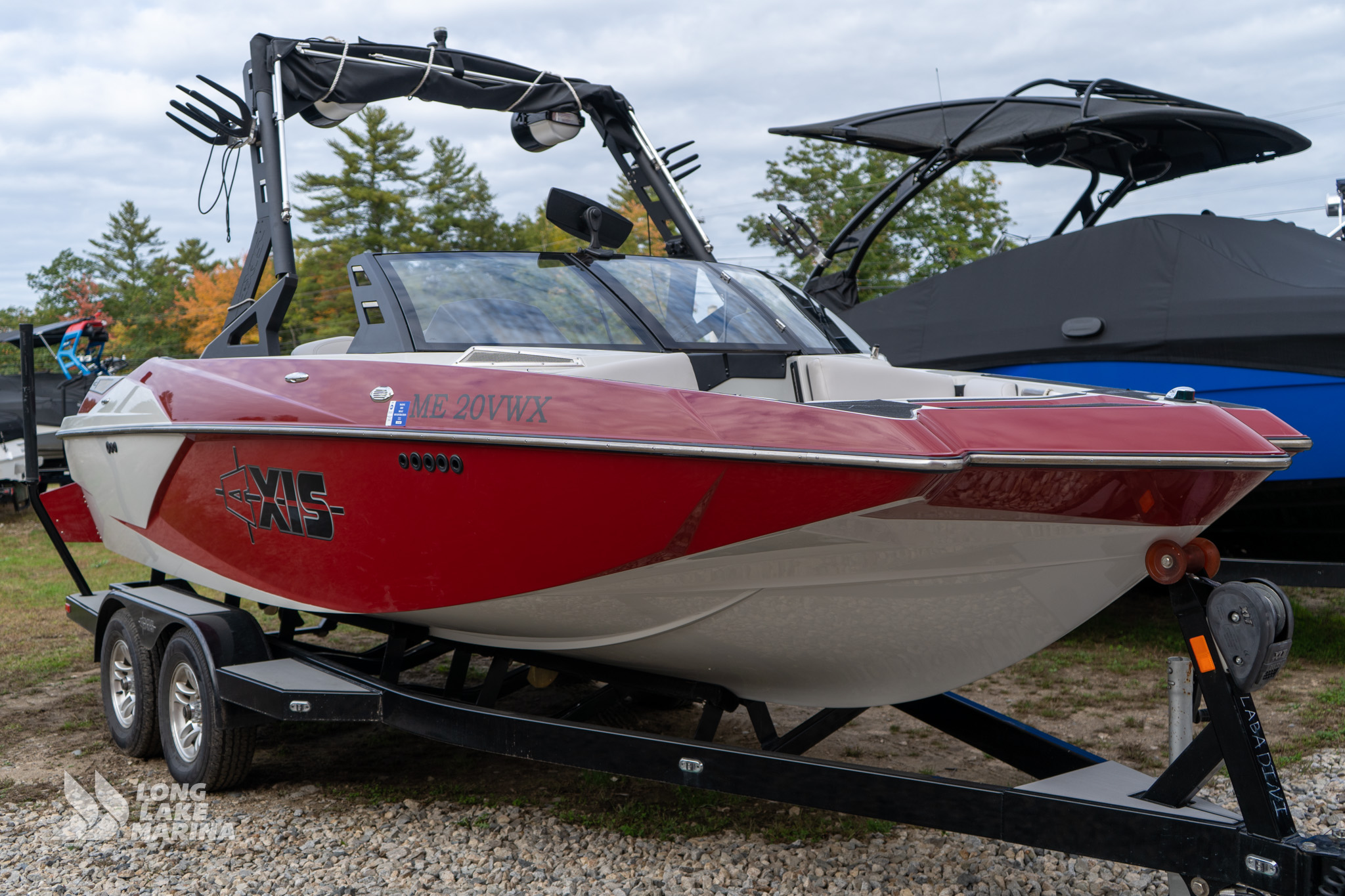 2017 Axis Wake Research A200